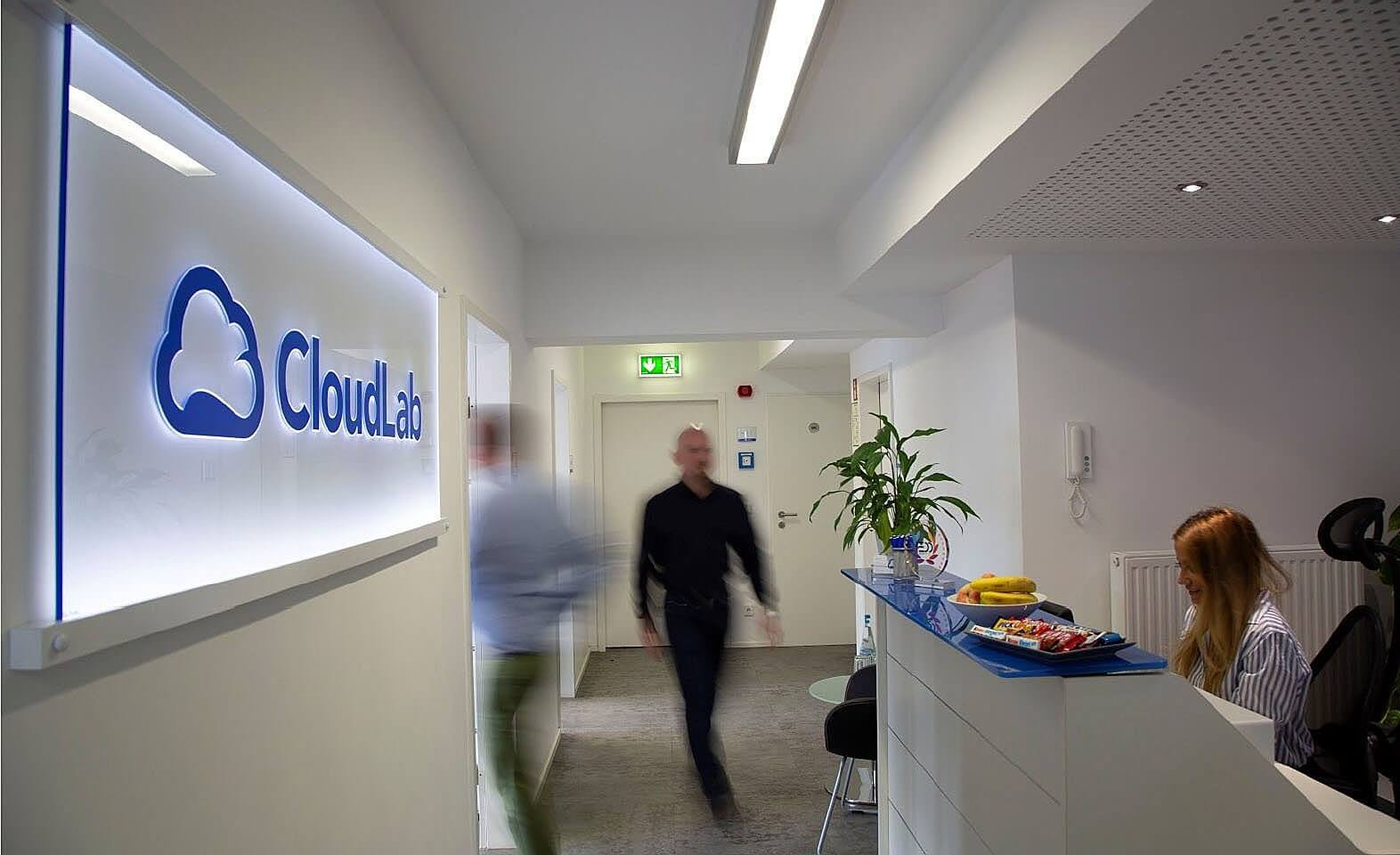 CloudLab: Distributor network is being expanded
